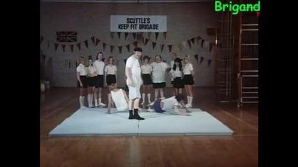 Benny hill - Гимнастик