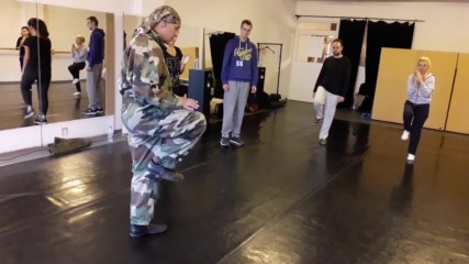 Удар с коляно - курс самозащита #3 - майор Франц - док. видео - Проект Самозащита