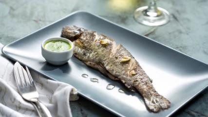 Бон Апети | Пъстърва на фурна със сос Чимичури