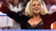 Trish Stratus returns to celebrate Raw's 25th anniversary this Monday