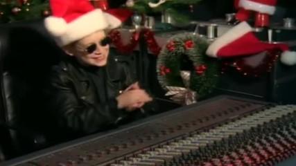 Darlene Love - All Alone On Christmas [ Home 2 Soundtrack ]