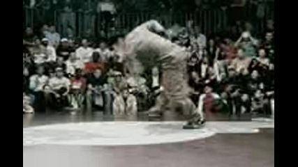 Red Bull Bc One 2005 Break Dance Championship  (Promo Only)