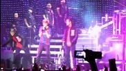 Джъстин пее Baby в Барселона ( 06.04.2011 - My world tour )