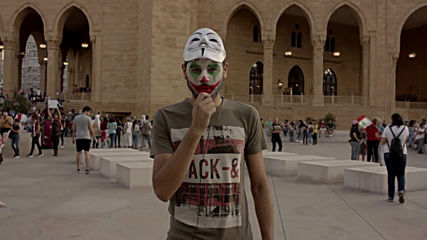 Lebanon: Anti-govt. protesters show 'Joker' face of 'revolution'