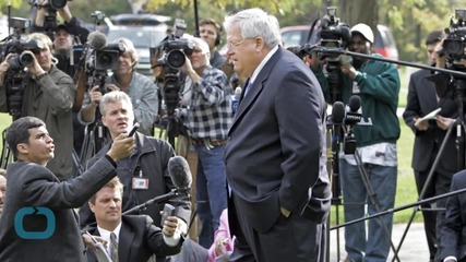 Hastert Charges Cast Light on 2013 Lawsuit