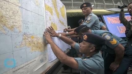 Australian Plane Spots Objects in Sea in AirAsia Search Area