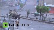 Yemen: Tank battle rages on the streets of Taiz
