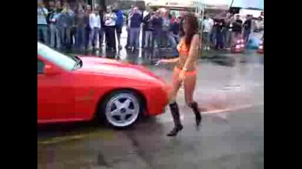 Tuning show girls