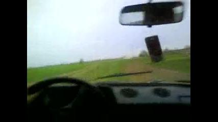 Lada Niva - малко каране по полето :d