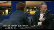 Шефът на Nokia хвърля iphone по време на интервю