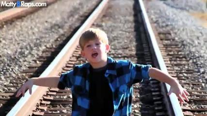 7 Year Old Raps Ke$ha - We R Who We R by fatmegul