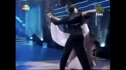 Николай Манолов и Азра Акън - Валс