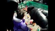 Оцветени Пилета В Китай
