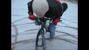 Дрифт с колело посред зима :d