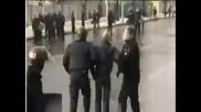 Полицаи Псуват като хамали