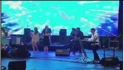 Ceca - Volim te - (LIVE) - Tamburica fest - (Tv Rts 2014)