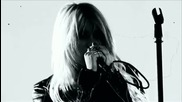 Превод! The Pretty Reckless - Make Me Wanna Die ( H Q )