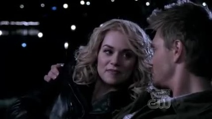 One Tree Hill 6x21 - A Kiss To Build A Dream On Leyton Scene