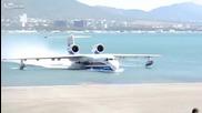 Самолет в Русия излиза от водата!