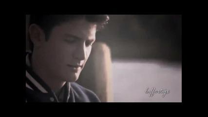 « Знаеш,че съм те обичал през целия си живот .. • Хейли & Нейтън »