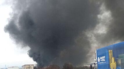 """МОЯТА НОВИНА: Катастрофа затвори АМ """"Тракия"""" в двете посоки, запалил се е тир"""