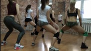 Секси мацки клатят дупенца яко( dance Bootydance, twerk)