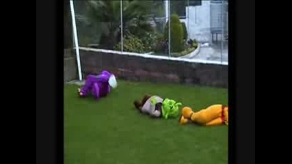 Бой Между Мечо Пух vs Шрек vs Барни смях