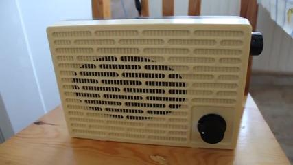 Укв радиоприемник с Tda7088t поместен в кутия на радиоточка