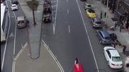 Аладин с летящото килимче обикаля из улиците на Ню Йорк