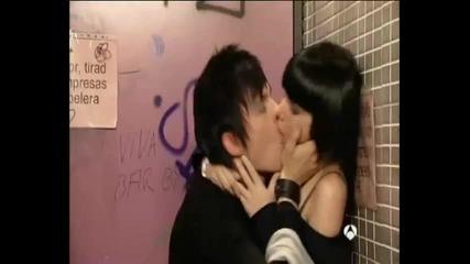 Горка и Паола в банята ..физика или Химия