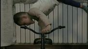 Невероятни изпълнения върху колело - Giuliano Stroe - Детето чудо