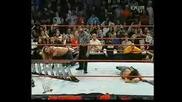 Raw 2005 - Шон Майкълс срещу Острието - Street Fight