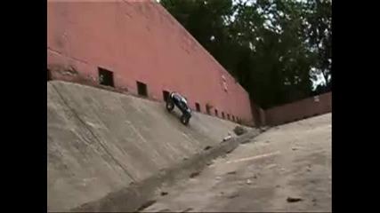 Traxxas Revo Nitro Monster