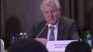 Russia: Bavarian PM Seehofer criticises sanctions against Russia