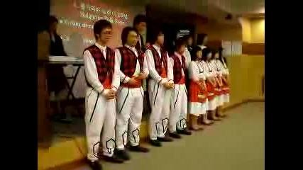 Корейчета Пеят Наша Народна Песен