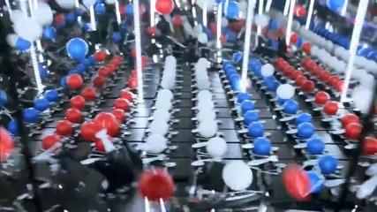 Ефектна верижна реакция с капани за мишки и пинг-понг топчета