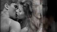 Не я целувай пред мен [превод] Giannis Kollias - Mh Th Filas Mprosta Moy