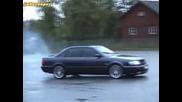 Audi S4 C4 2.2 Турбо прави донъти