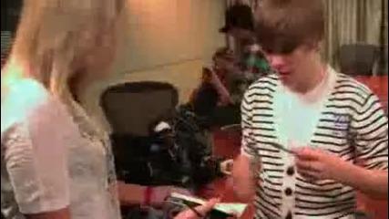 I Met Justin Bieber! Want His Autograph?!