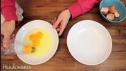 Най-лесният начин да разделите белтък от жълтък ..