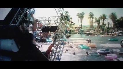 Част от филма Piranha [2010]