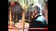 3.3.2015 Руската слуга Волен Сидеров запали свещ в памет на Руския Окупатор в България