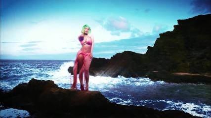 Nicki Minaj - Starships Full Hd