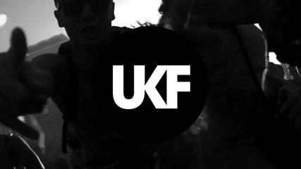 Steve Aoki Rune Rk - Bring You to Life (ft. Ras)
