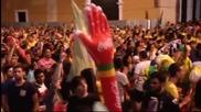 Двете крайности в Бразилия: Протести и луда радост