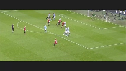 Manchester City - Manchester United Robin Van Persie free kick [hd]