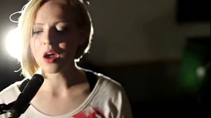 Official Acoustic Music Video - Madilyn Bailey - Titanium (превод)