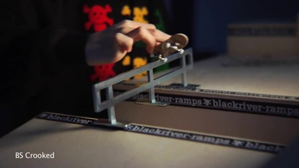 Mike Schneider - Fingerboarding Basics Grinds