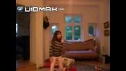 Порно Куче Момиче Танцува