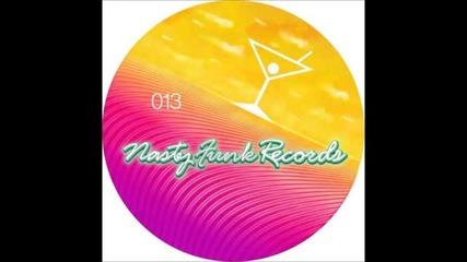 Newbie Nerdz & Moonwalk, Fractales - This Is You (original Mix)